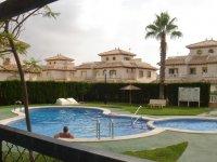 2 bedroom house with garden & roof terrace (9)